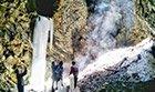 重庆现终年不化的冰瀑