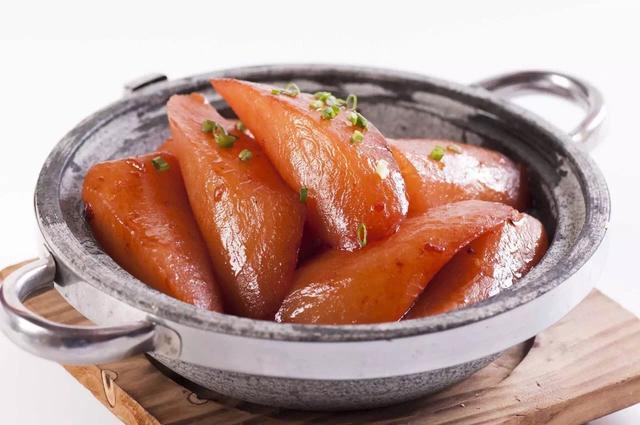 山泉水煮的大鱼头暗藏玄机,湘菜大师传承古法惊艳全重庆