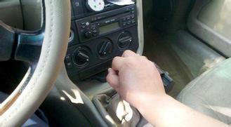 学会这2招,手动挡开得比自动挡车舒服多了!