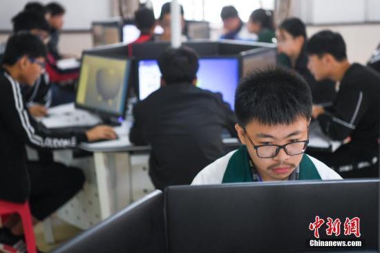 教育部:今年80%中小学要接入带宽10M以上互联网