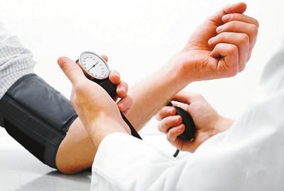 高血压日:随意停药隐患大 12指标自测是否高血压