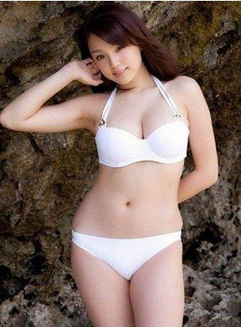 性欲强烈女人的胸部特征图