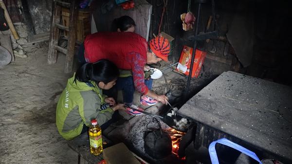 重庆千名社工走进边远贫困地区 助力精准扶贫
