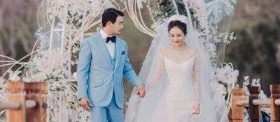 """重庆美女嫁给""""小包总""""八年后补办婚礼 这伴郎团无敌了"""