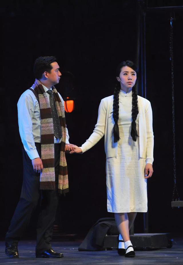 赖声川+黄磊+何炅 火爆32年的话剧《暗恋桃花源》浪漫归来