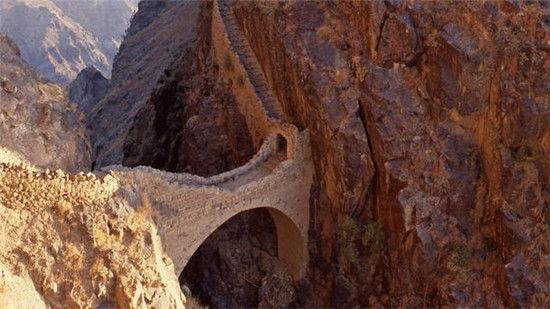 世界上的怪桥 桥梁也可以这么优美