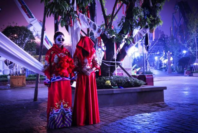 """点外卖偶遇""""饿灵骑士"""" 重庆欢乐谷携手饿了么全城送惊吓"""