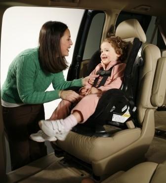 关注儿童乘车安全与交通安全 一切为孩子
