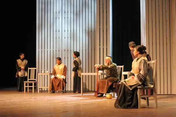 张爱玲同名小说改编话剧《金锁记》 7月来渝