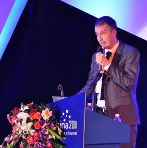 弗洛里安·马德斯拜奇:21世纪出版业重大影响