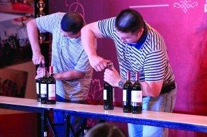 五国六家酒庄红酒来渝比美 多风格美酒亲密接触