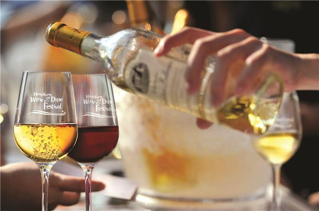 亚洲美食之都——香港 美酒佳肴月盛大开席