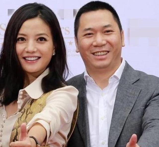 10万股民集体索赔 赵薇该赔偿多少?