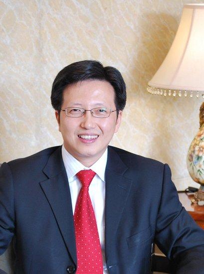 何易:两江新区 将成为全国乃至全球顶级的经济贸易中心
