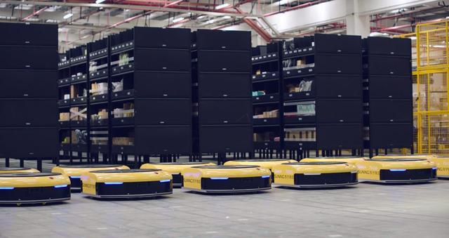 国人骄傲!双十一苏宁上线国内最大机器人仓库群