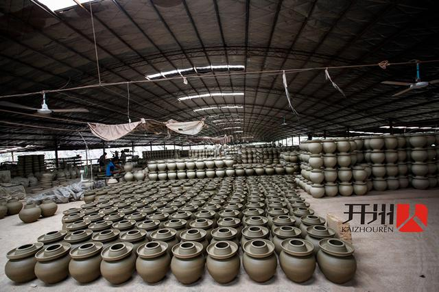 """开州制陶艺人张尚富:制作""""力与美的尤物"""""""