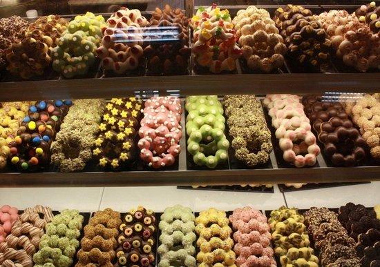 甜甜圈、油条经调查67%含铝 食用过量易痴呆