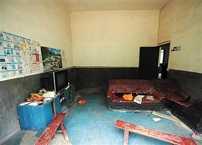 4名留守儿童服农药身亡 曾受家暴性格孤僻