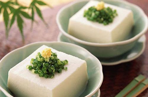 北豆腐、南豆腐和内酯豆腐,哪种营养价值更高?