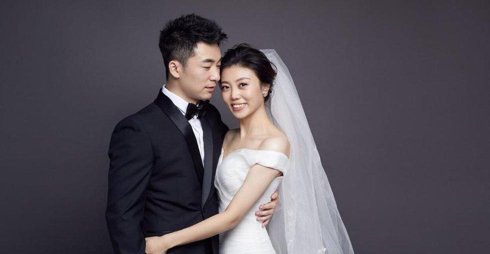 国乒崔庆磊晒婚纱照 婚礼现场大牌云集