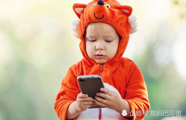 手机上瘾对生活的8大负面影响 你中了几招?