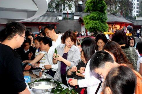 金科家节:汉服秀端午,重温端午文化传统