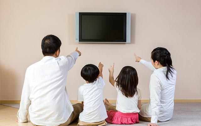为什么现在的年轻人都不喜欢看电视了?