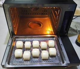"""会""""蒸""""的烤箱不上火 有惠而浦的烘焙大不同"""
