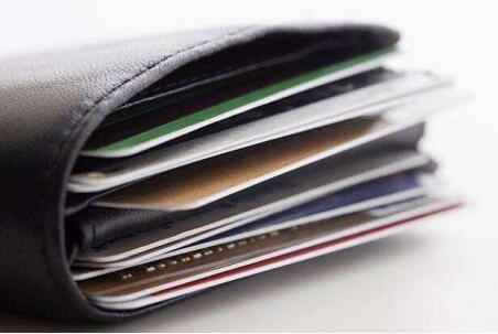 信用卡还款逾期怎么办?有一半人都不知道