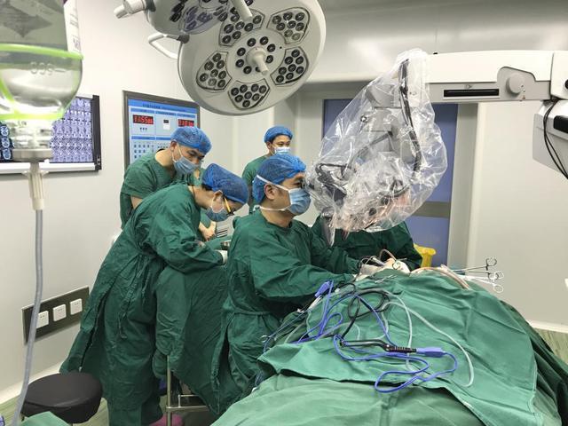 西南地区首个耳鼻喉专科医院听神经瘤手术成功实施
