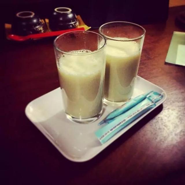 中国人的体质是喝牛奶好还是喝豆浆好?