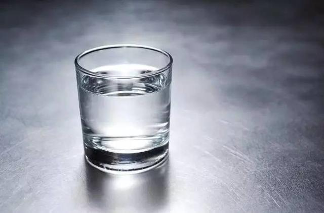 早上第一杯水喝什么,全世界的医生都推荐它