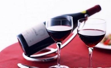 这样喝红酒能减肥