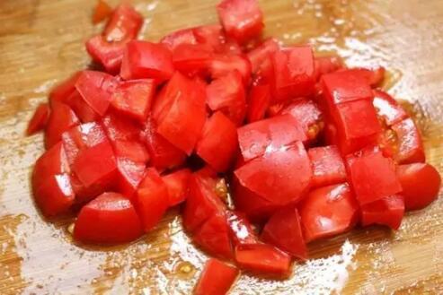 万能的西红柿 这样吃可能会出大事!