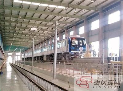 3号线8节编组列车改动 车厢连接处防止乘客坐卧