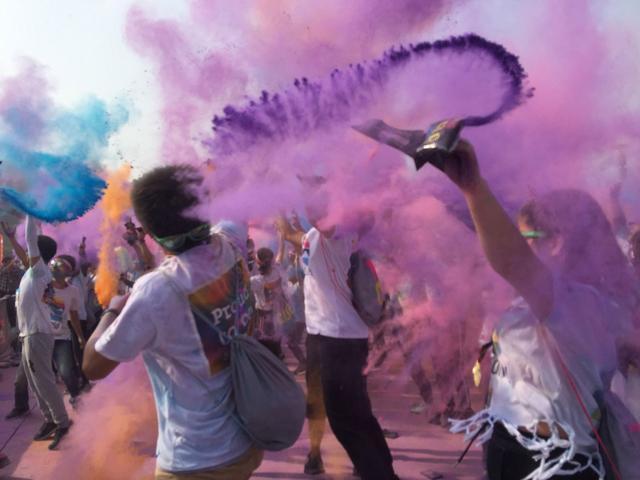 嘞是雾都:Swisse X The Color Run重庆站热情开跑
