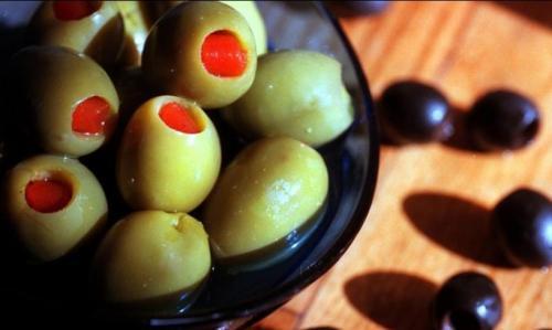 老鼠屎、毒橄榄:欧洲食品丑闻频发 不止毒鸡蛋