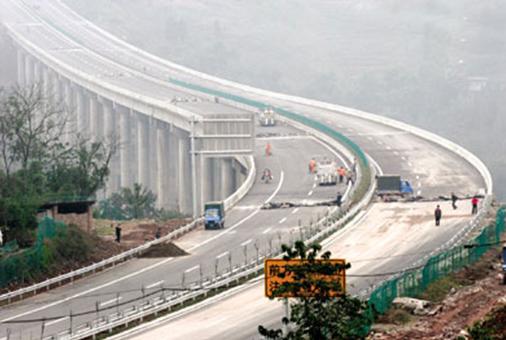 双碑大桥通车在即 壹江城造宜居典范