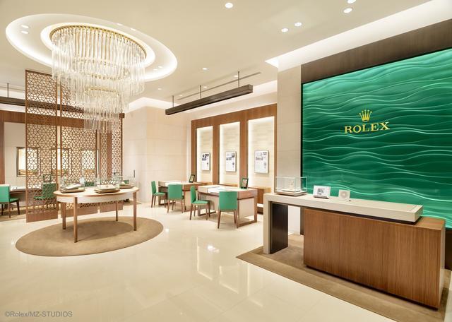英皇钟表珠宝于重庆开设全新劳力士专卖店
