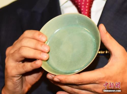 一个小瓷碗估价高达350万 它为啥这么值钱?