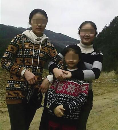 摩托车 重伤/乖巧懂事的黄家三姐妹 受访者供图
