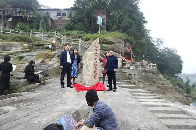 中国画念念馒头漫画之旅抗战历经创艺术精品朝圣画家三大图片