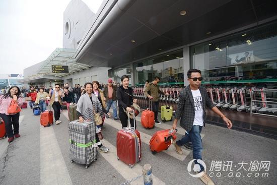今年首架泰国旅游包机抵渝 开启山水重庆之旅
