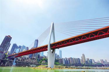 一座纸板搭建的千厮门大桥将亮相重庆IFS