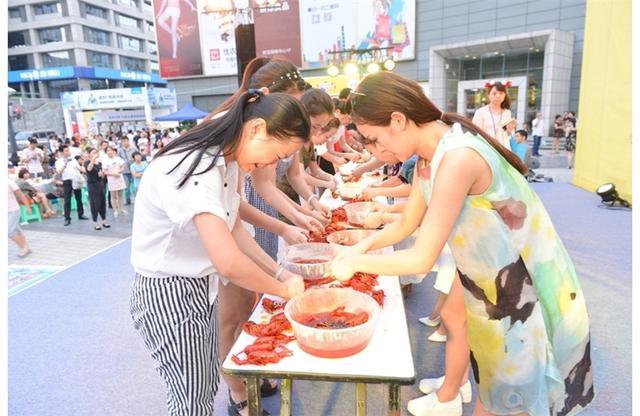 万人虾宴,大渝网第四届小龙虾美食节启动!