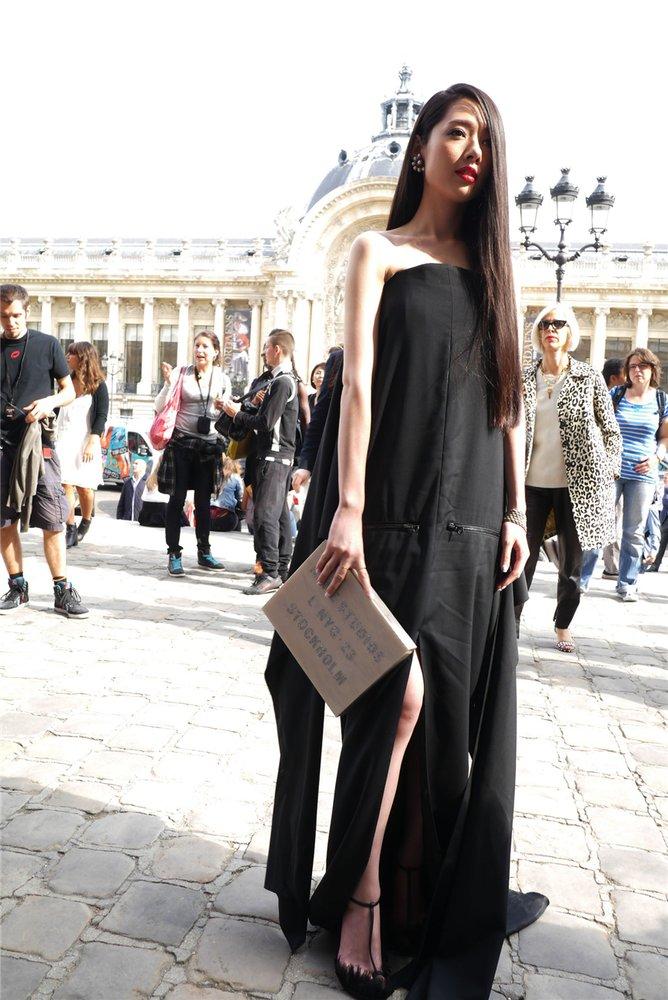 郭碧婷惊艳法国时装周 高雅从容绽放浪漫巴黎