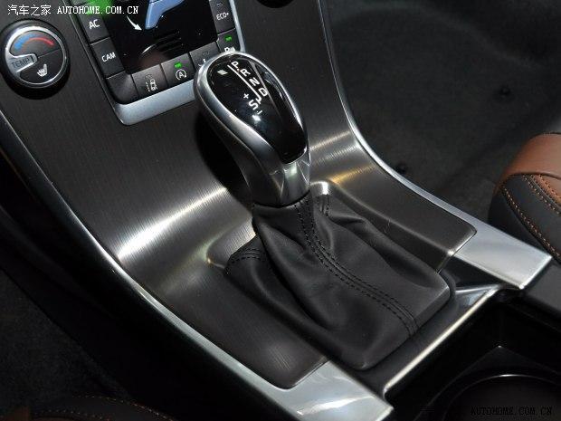 沃尔沃新XC60 T5上市 售42.39-51.99万元