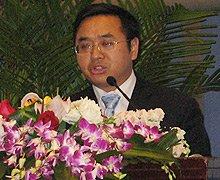 重庆市经济和信息化委员会副主任 杨建