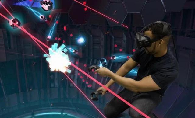 38元体验8分钟 VR沦落为商场高级游戏机?
