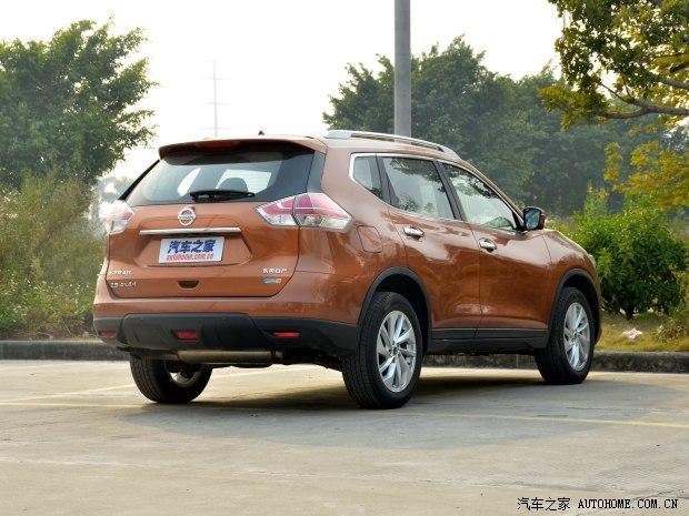 日产东风日产奇骏2014款 2.5L CVT至尊版 4WD